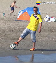 Remi Gaillard Foot 2014 World Cup Edition