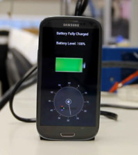 Meet the Device that will Charge your Cell phone in Less than a Minute